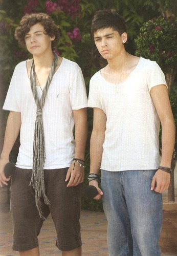Zarry Bromance (U've Gotta pag-ibig Em) I Can't Help Falling In pag-ibig Wiv Zarry) 100% Real :) x