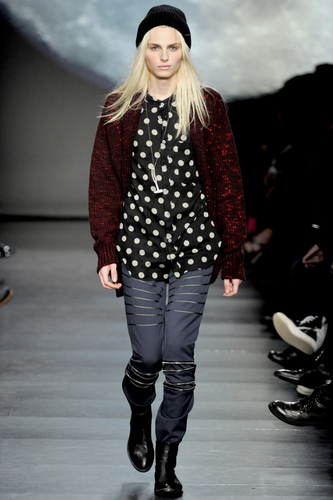 andrej pejic Hintergrund containing an outerwear called andrej_ catwalk