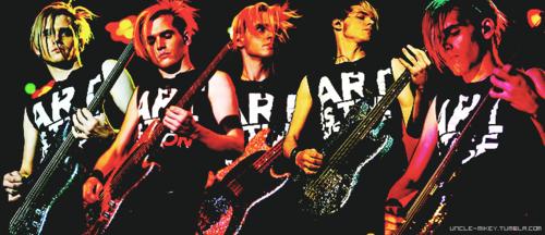 mikey LG Arena Birmingham UK 13/02/11