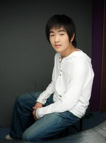 onew before debut xD - shinee foto (19301828) - fanpop