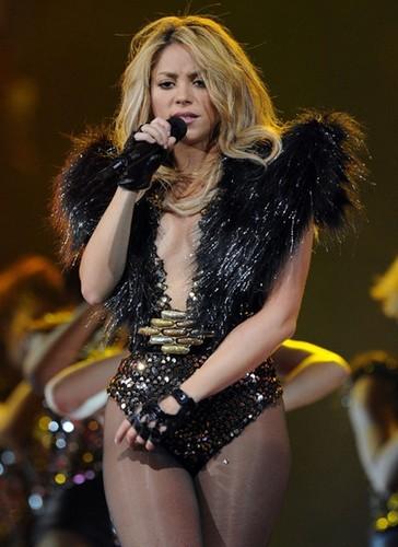 Shakira strong legs
