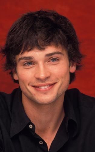 Tom Welling Hintergrund possibly containing a portrait entitled tom welling