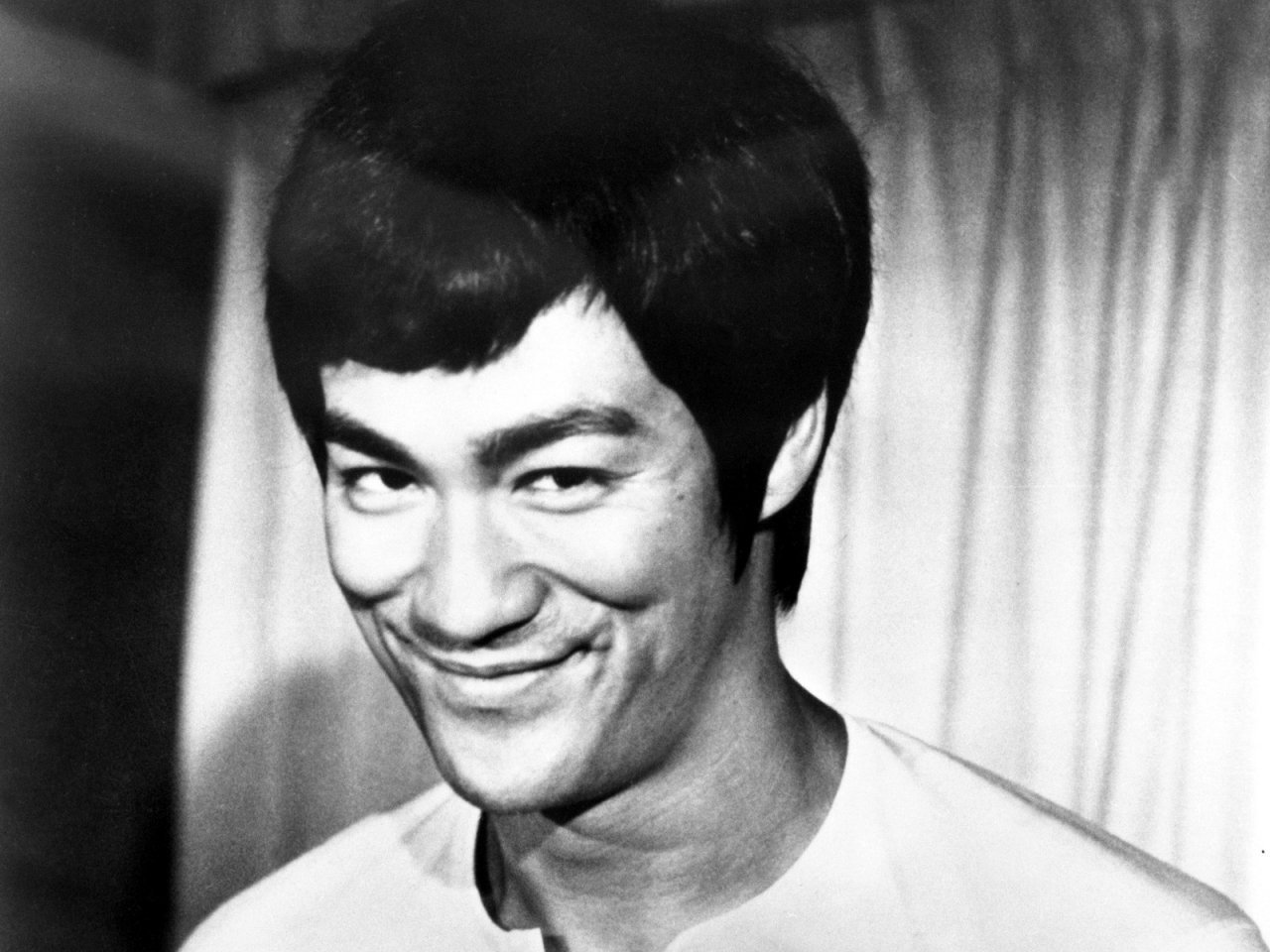 Bruce Lee - Wallpaper Gallery