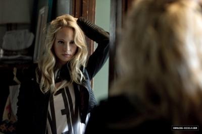Candice (Caroline) On Nylon 2010 fotografia shoot