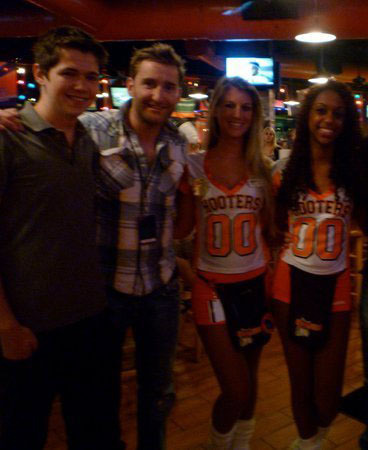 Damian and Paul At Hooters