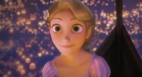 Disney's Rapunzel wallpaper called Dinsy Tangled Presents - RAPUNZEL