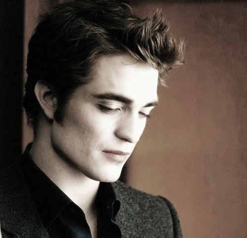 The gallery for vampires in twilight for Twilight edward photos