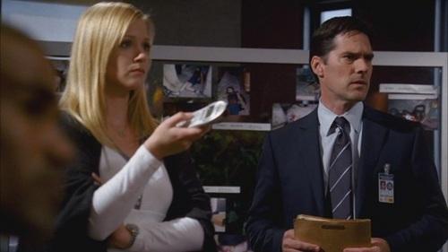 Hotch & JJ // 2x09