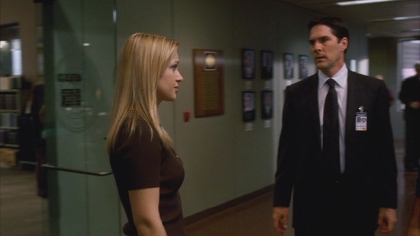 Hotch & JJ // 2x10