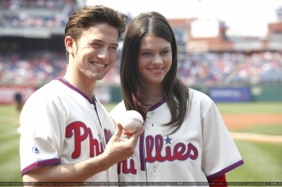 Jackson Rathbone throws out a pitch at a Phillies game