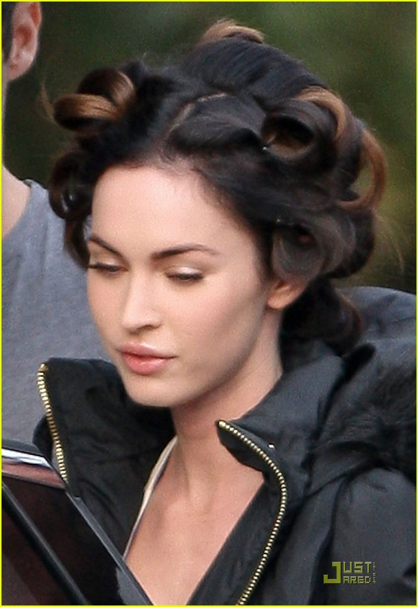 "Megan on set ""FRIENDS WITH KIDS"" - Megan Fox Photo (19442973) - Fanpop"