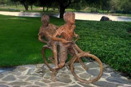 Neverland Statue Children - neverland-valley-ranch Photo