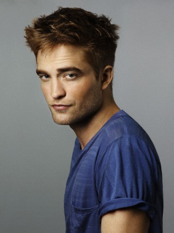 New Entertainment Weekly Outtakes Of Robert Pattinson