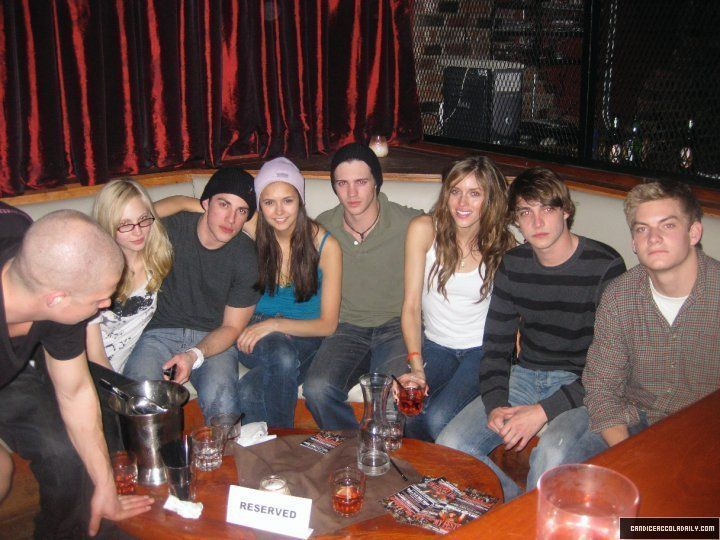 New/Old photo of Candice with the TVD cast! - candice-accola photo