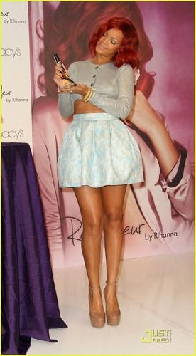 Rihanna @ Reb'l Fleur Perfume Lanch