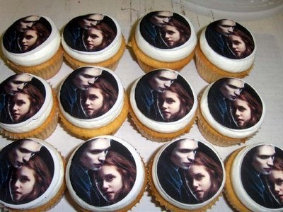Harry Potter Vs. Twilight wallpaper entitled Twilight Cupcakes