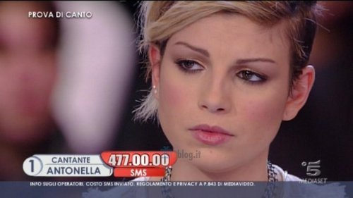 emma ad amici - emma-marrone Photo