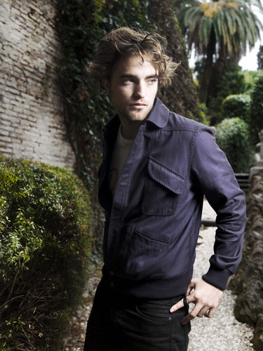 old/new foto robert with vf
