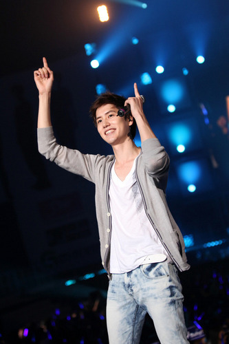 110222 Super Show 3 3D Official fotografia