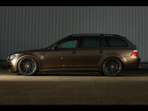 BMW wallpaper containing a beach wagon entitled BMW M5 E61 HURRICANE RS TOURING BY G-POWER