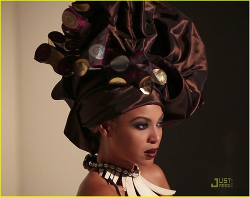 Beyonce: African-Inspired L'Officiel фото Shoot!