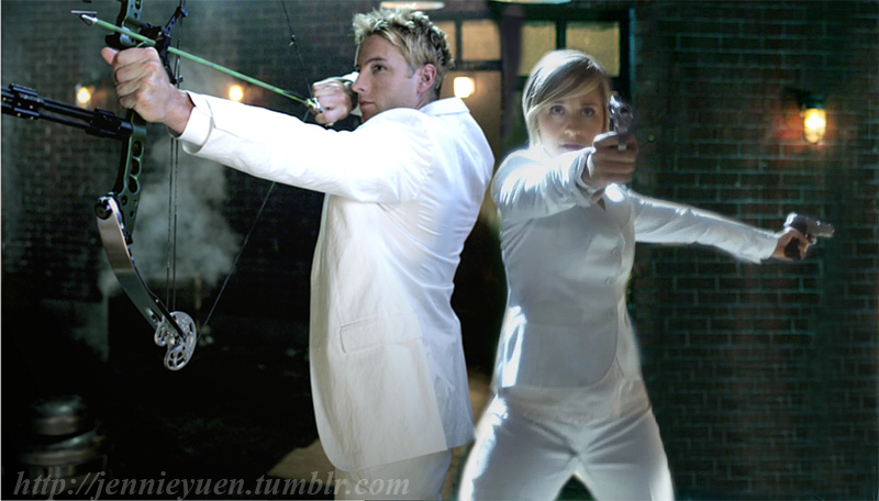Chlollie in White सूट्स