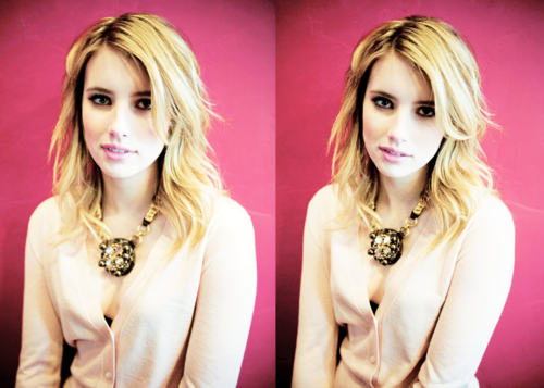 Emma Roberts wallpaper probably with a portrait entitled Emma Roberts