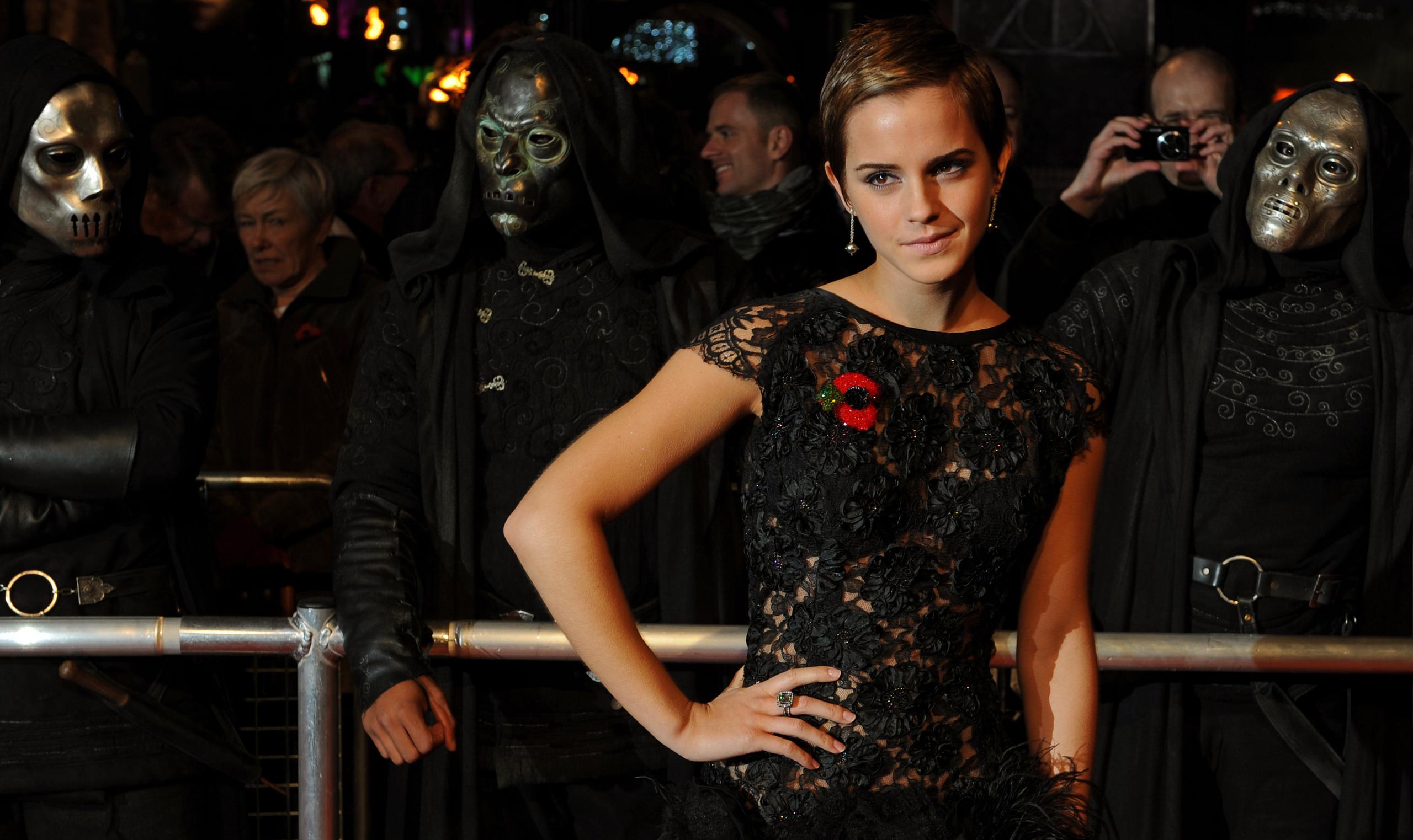 Emma Watson HP7 Premier pt7 - emma-watson photo