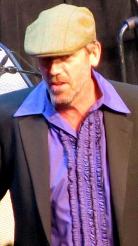 Hugh Laurie at Niagara Falls tamasha