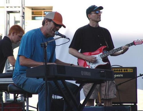 Hugh in concert (BfTV)