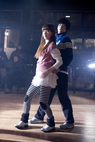 Dream High wallpaper possibly containing hosiery, a hip boot, and tights entitled Hye Mi & Sam Dong