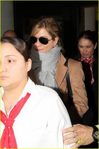 Jennifer @ LAX