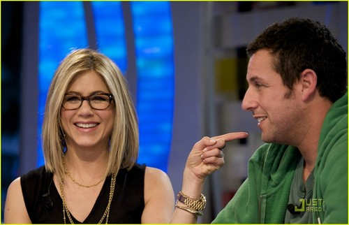 "Jennifer on ""El Hormiguero"" TV show"
