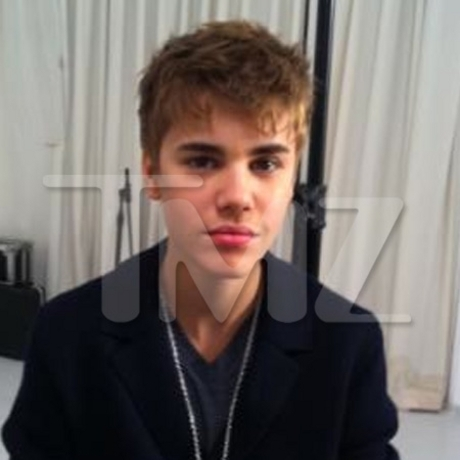 Justin Bieber  Pictures on Justin Bieber New Haircut   Justin Bieber Photo  19523286    Fanpop