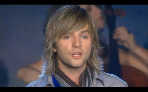 Кит Харкин Обои with a Телевидение receiver, a high definition television, and a portrait called Keith Harkin Heritage