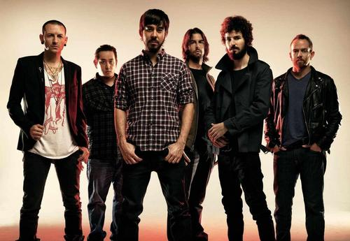 Linkin Park fond d'écran with a well dressed person and long trousers titled LP 2010