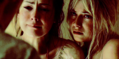 Laura & Jena Malone in The Ruins