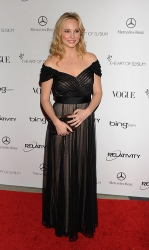 New चित्रो of Candice at 'The Art Of Elysium' Gala (January 15th 2011).