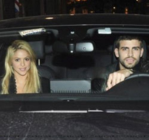 Piqué and Shakira car