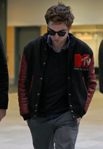 Rob arriving in Vancouver  02.21