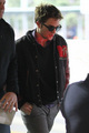 Robert Pattinson arriving in Vancouver - twilight-series photo