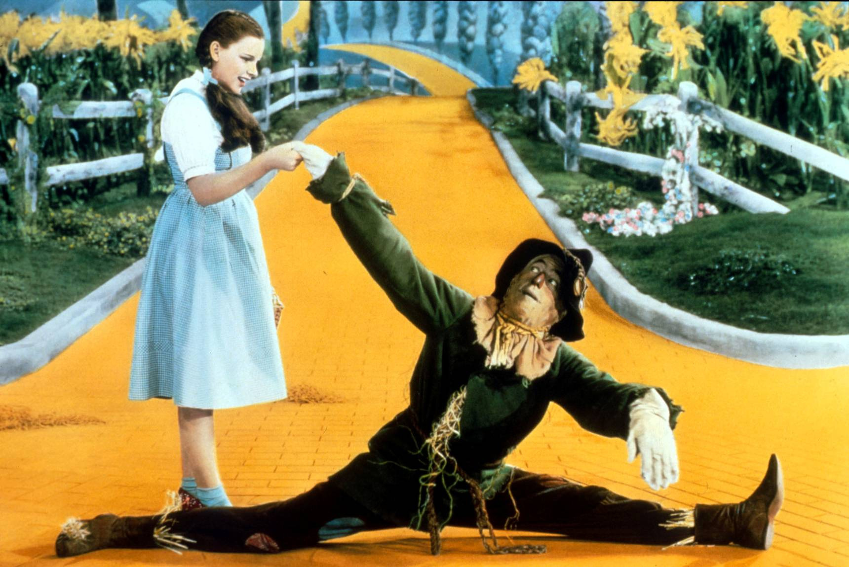 The wizard of oz alternate movie ending