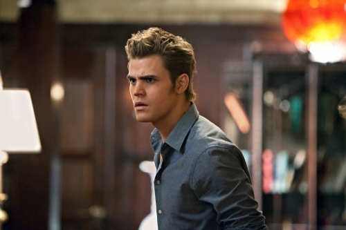 "THE VAMPIRE DIARIES ""The House Guest"" Season 2 Episode 16 mga litrato"