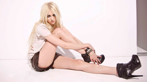 Taylor Momsen Hintergrund probably with bare legs, hosiery, and a hip boot titled Taylor Momsen