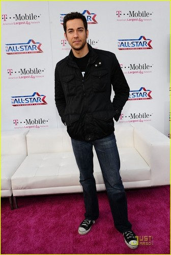Zachary Levi wallpaper possibly containing a well dressed person and a pantleg entitled Zachary Levi: All-Star Weekend Warrior