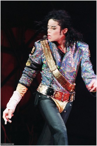 dangerous tour michael jackson<3