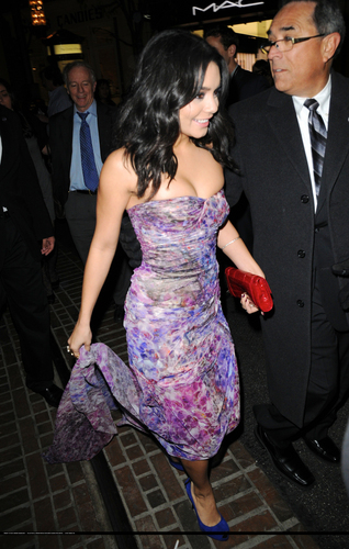 Arriving at the Beastly Premiere,February 24, 2011-HQ