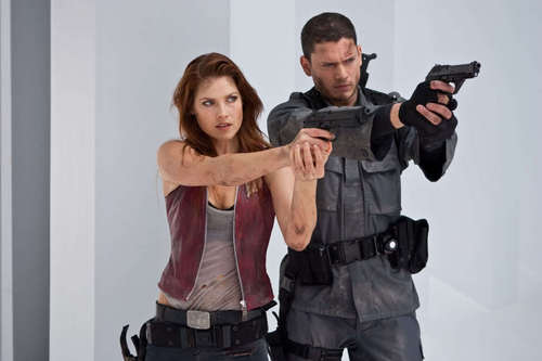 Chris and Claire - claire-redfield Photo