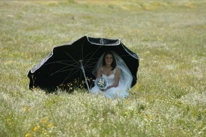 Dudaktan Kalbe Behind Scenes Lamia wedding dress