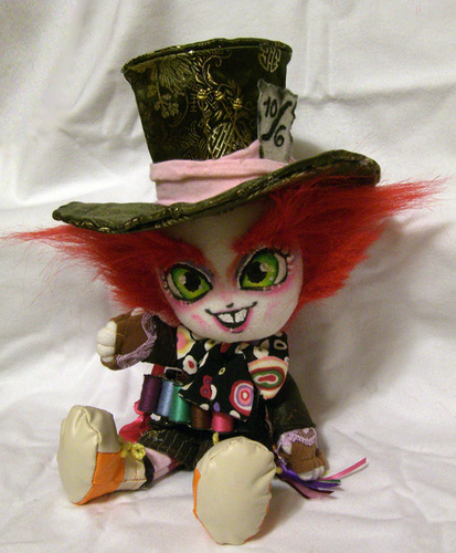 tagahanga made hatter doll